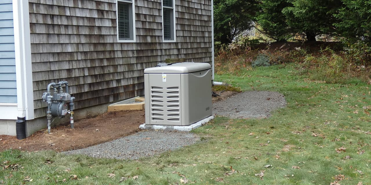 https://mlaiiztoyxfl.i.optimole.com/4U-MFqo-wrjrQU1U/w:1280/h:640/q:auto/rt:fill/g:ce/https://premiergenerator.com/wp-content/uploads/2020/07/Liquid-Propane-vs-Natural-Gas-Fuel-Source-for-Kohler-Generators-2.jpeg